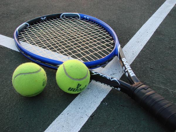 SKaŠZ otvára tenisové kurty pre verejnosť v športovom areáli J. Slottu 45